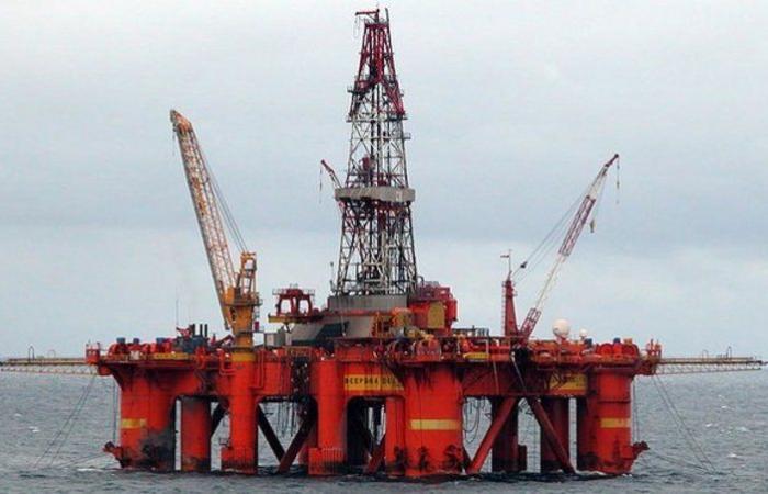 أسعار النفط تتراجع متأثرة بقلق المستثمرين من التضخم
