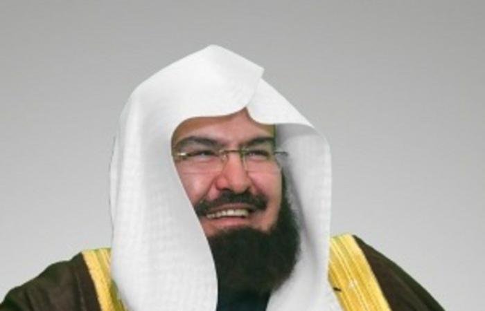 """""""السديس"""" يعلن نجاح خطة رئاسة """"شؤون الحرمين"""" ليلة ختم القرآن"""