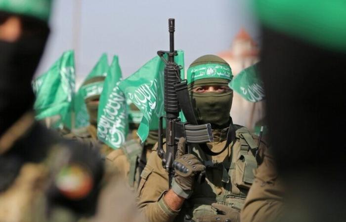 """""""كتائب القسام"""" تعلن إطلاقها عشرات الصواريخ على مدن إسرائيلية"""