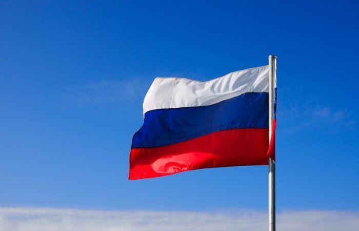 روسيا تسجل 8217 إصابة جديدة بفيروس كورونا