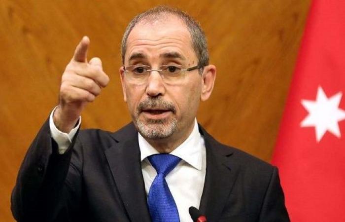 وزير الخارجية الاردني يؤكد اهمية توفير الحماية للشعب الفلسطيني ووقف العدوان على غزة