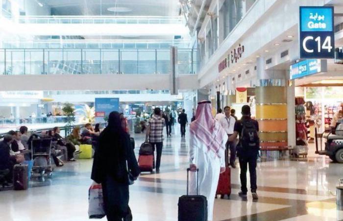 100 ألف سعودي يحلقون فوق السحاب في ليلة الطيران للخارج.. هذه وجهاتهم