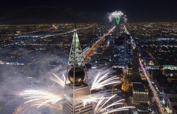 """حين يقسو السعوديون على """"المتطاول"""".. هذه #ديار_البدو التي يغفلها """"وهبة""""!"""