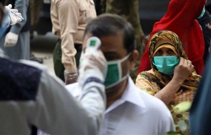 خلال 24 ساعة.. باكستان تسجل 27 حالة وفاة و991 إصابة جديدة بكورونا