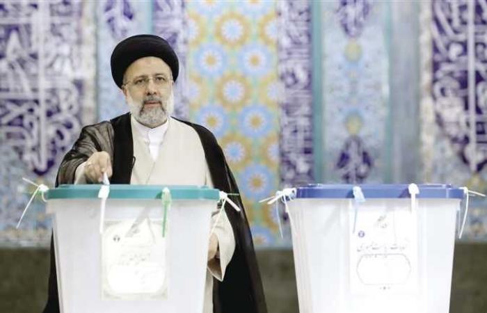 لابيد يهاجم رئيسي: إسرائيل ستفعل كل ما بوسعها لمنع طهران من السلاح النووي