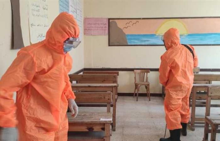تطهير وتعقيم اللجان استعدادا لليوم الرابع من الامتحانات في شمال سيناء
