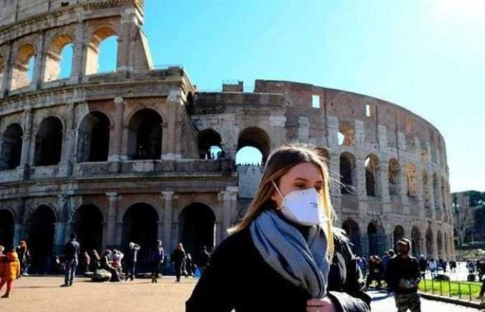 إيطاليا تلغي الارتداء الإلزامي للكمامات في الأماكن المفتوحة بدء من 28 يونيو