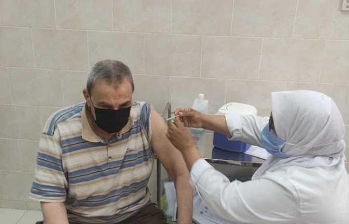 استشاري مناعة: التهاون بعد التطعيم قد يتسبب في زيادة إصابات كورونا