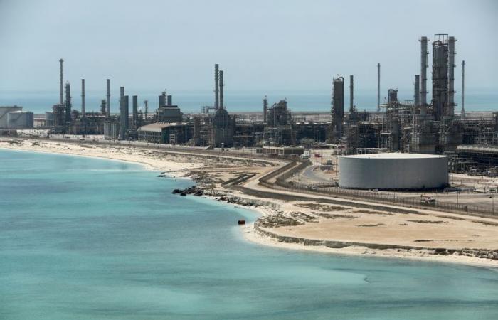 إيرادات الصادرات النفطية السعودية تقفز 109% خلال أبريل الماضي