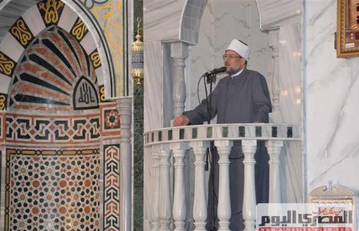 الأوقاف والهلال الأحمر يطهران المساجد استعدادًا لصلاة الجمعة