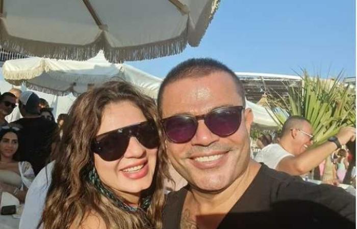 نجلاء بدر تنشر صورة جديدة مع عمرو دياب .. أحلى أيام حياتي