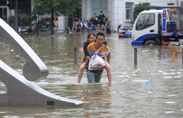 تفجير سد في الصين والمياه تغرق إقليم كامل في سابقة لم تحدث منذ ألف عام (صور وفيديو)