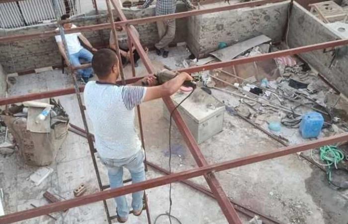 رئيس مدينة دسوق يقود حملة لإزالة تعدٍ على الشارع