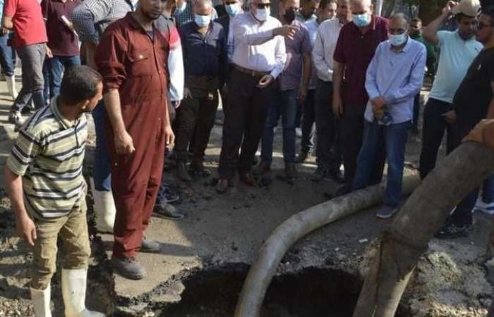 محافظ الجيزة يتفقد إصلاح الكسر بخط مياه شارع المطار