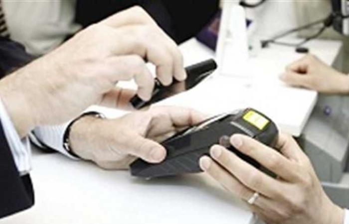 «الضرائب» تتيح تطبيق جديد عبر الموبايل للتعامل بالفاتورة الالكترونية