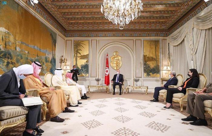 فيصل بن فرحان خلال لقاء قيس سعيد: السعودية حريصة على استقرار تونس