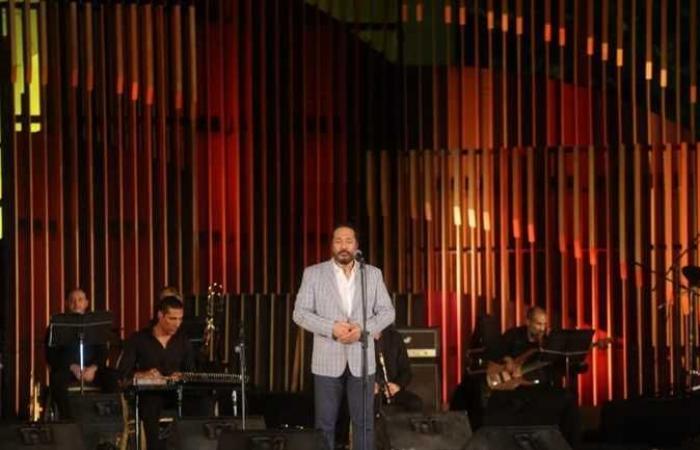على الحجار يغني فى حفل كامل العدد بدار الأوبرا المصرية