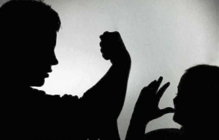 أستاذ علم اجتماع : الدراما تلعب دور في العنف الأسري .. المجتمع في خطر (فيديو)