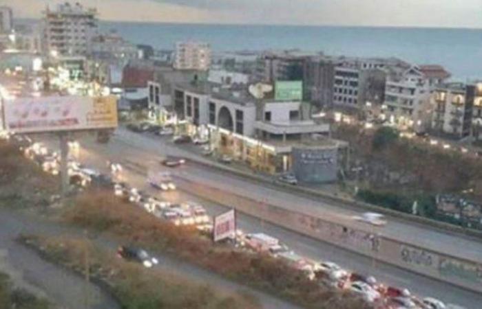 الرئيس اللبناني يطالب الجيش باستعادة الهدوء في منطقة خلدة