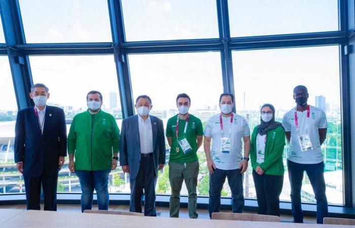 """""""الفيصل"""" يلتقي رئيس اللجنة الأولمبية اليابانية.. في أولمبياد طوكيو2020"""