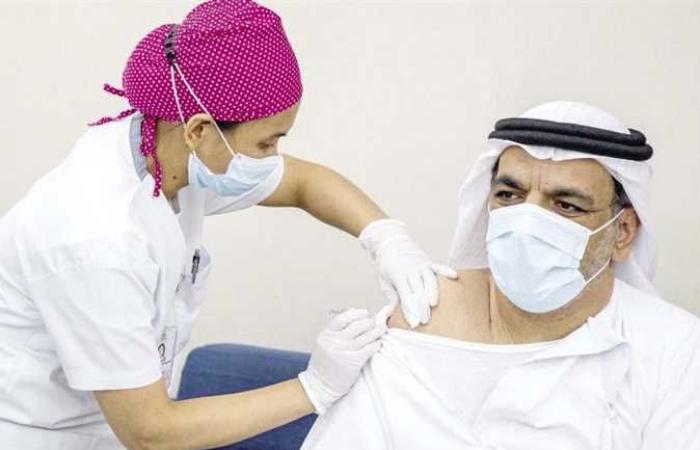 الإمارات توسع نطاق الجرعات المعززة من لقاحات كوفيد-19