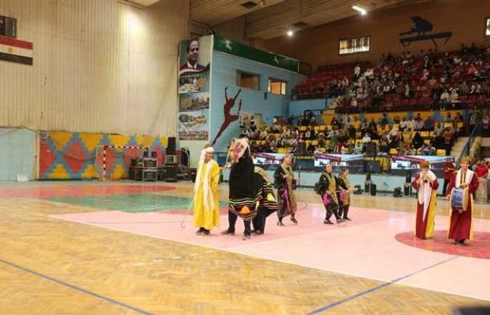 رئيس جامعة الزقازيق يشارك في احتفالية محافظة الشرقية بعيدها القومي