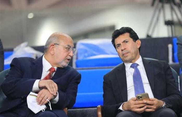 وزير الشباب والرياضة يوقع مذكرة تفاهم مع نظيره الروسي على المستوى الرياضي