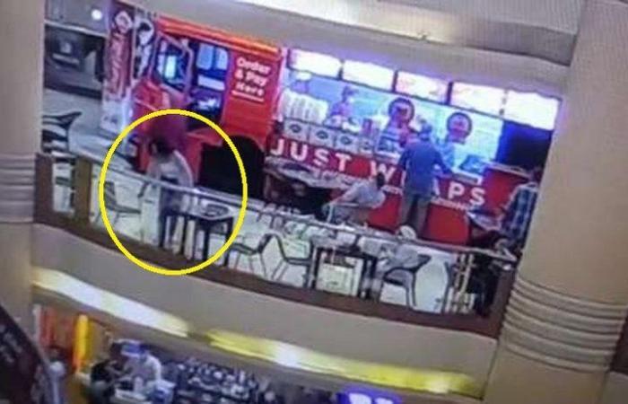 فيديو انتحار فتاة مصرية.. صديقتها تروي أسرار الساعات الأخيرة