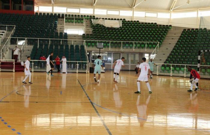 """""""نادي ذوي الإعاقة"""" بمكة يتأهل لنهائيات سباعيات كرة القدم (صالات) متصدرًا"""