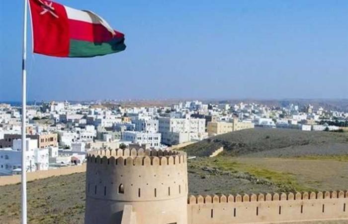 سلطنة عُمان تقرر إعادة فتح دور العبادة وإقامة صلاة الجمعة