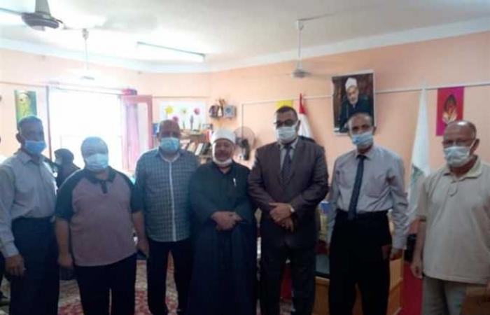 سكرتير عام محافظة الوادي الجديد يتفقد المنطقة الأزهرية