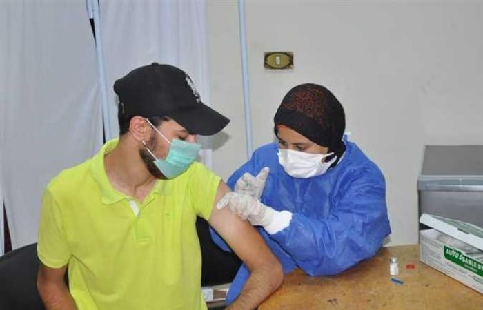 رئيس جامعة كفرالشيخ يعلن تسهيلات جديدة لتطعيم الطلاب ضد كورونا