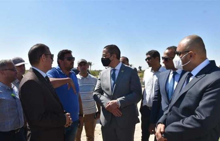 محافظ الفيوم والرقابة الإدارية يتفقدان أعمال تبطين بحر العويج بطامية