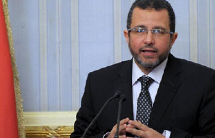 """مفاوضات بين مسئول بالوزراء وعمال """"شبكات"""" فى حماية الجيش"""
