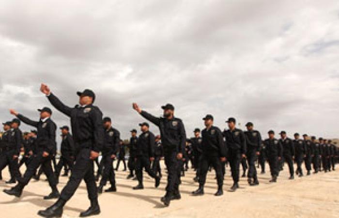 الصاعقة الليبية تلقى القبض على خلية مسلحة ومتفجرات فى بنغازى