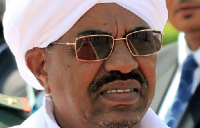 البشير يتسلم أوراق اعتماد عدد من السفراء لدى السودان