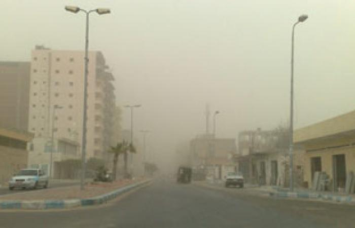 انهيار مبانٍ فى عاصفة رملية تجتاح جنوب ووسط تونس