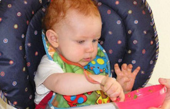 """الأطعمة الملساء لا تناسب تعليم الطفل """"القضم"""""""