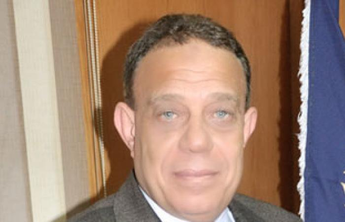 مدير أمن دمياط يتفقد الحالة الأمنية بلجان الامتحانات الفنية