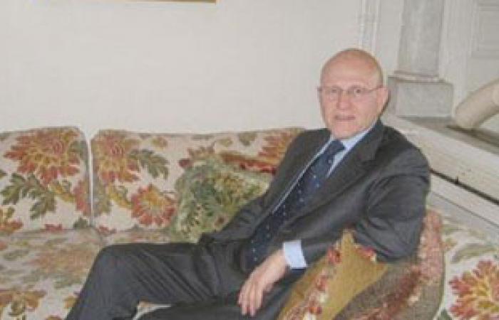 رئيس الحكومة اللبنانية المكلف يستنكر حادث إطلاق صاروخين على بيروت