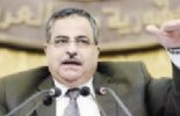 قيادات عمالية: قرار «الشورى» بمد الدورة النقابية عاماً «عبث» ويهدف لسيطرة الإخوان على النقابات