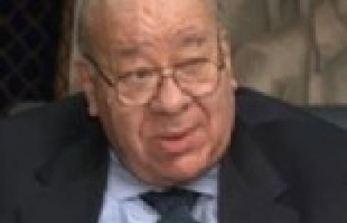 """إبراهيم يسري: يجب محاكمة وزراء الري السابقين وسفير مصر بإثيوبيا لتهاونهم في أمر """"سد النهضة"""""""