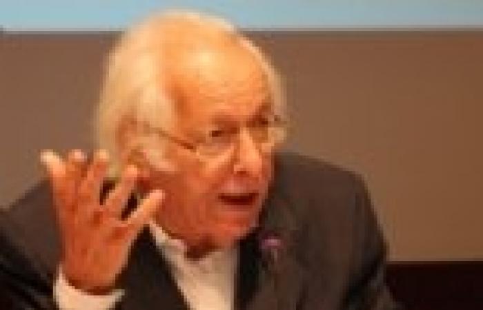 """سمير أمين في مؤتمر """"التيار الشعبي"""": نتائج ثورات الربيع العربي قليلة بالنسبة لطموحات الشعوب"""