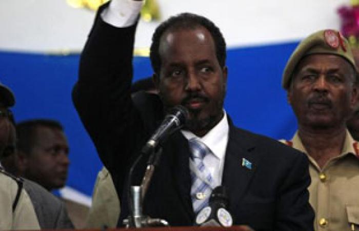 """رئيس الصومال يحذر من عودة """"حركة الشباب"""" إلى """"كسمايو"""""""