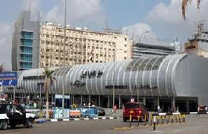 حركة تنقلات بجمارك مطار القاهرة