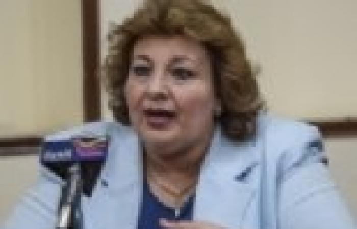 """مارجريت عازر: اعتدنا على الارتباك والخلط في خطابات مرسي.. وغالبيتها """"عديمة الفائدة"""""""
