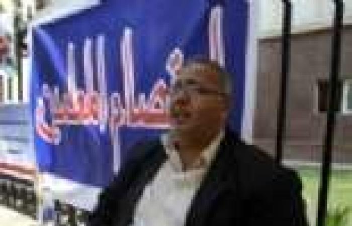 وقفة احتجاجية للمعلمين أمام محكمة شمال القاهرة للمطالبة بصرف مكافأة الإشراف على الانتخابات