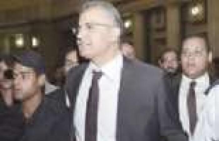 إخلاء سبيل عصام سلطان في اتهامات إهانة القضاة بكفالة 5 آلاف جنيه