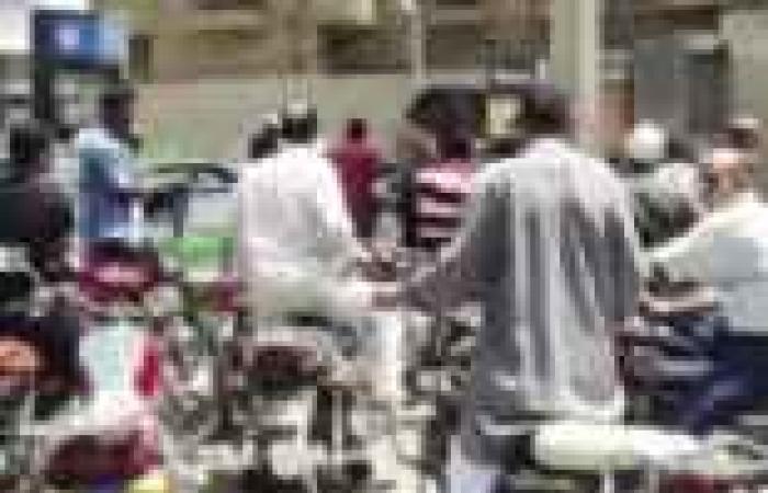 نقص شديد فى السولار بالمحافظات.. وتكدس السيارات يغلق طريق «مصر - أسيوط» الزراعى