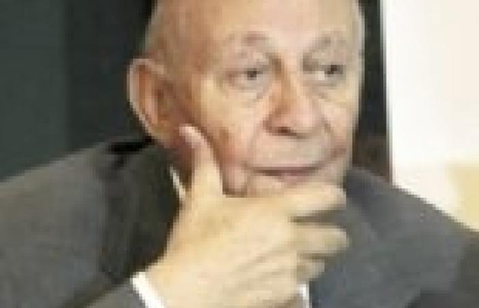 محمد فايق: إثيوبيا فرضت علينا الأمر الواقع.. وموقف مصر مرتبك وغامض